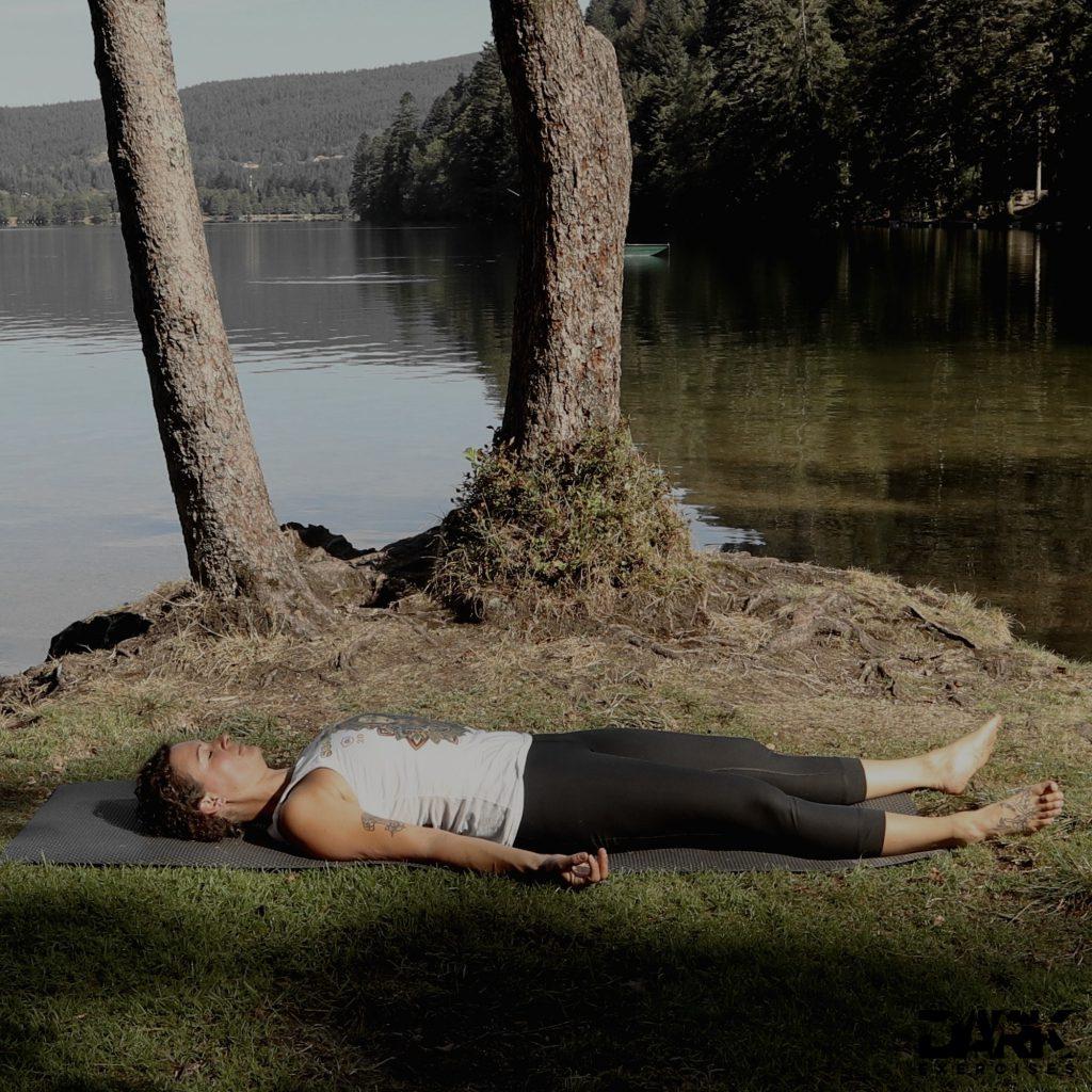 Taival-Yoga Shavasana