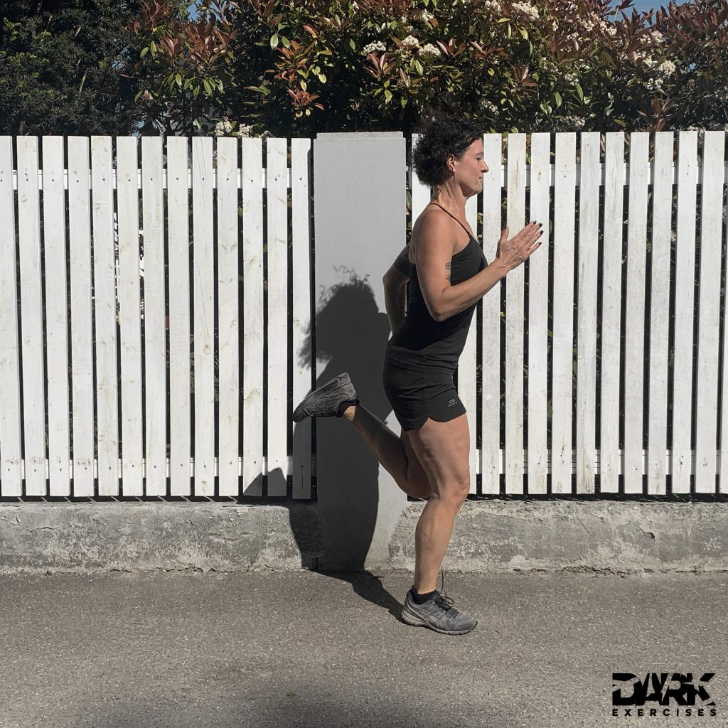 Training of running technique : Heel touch