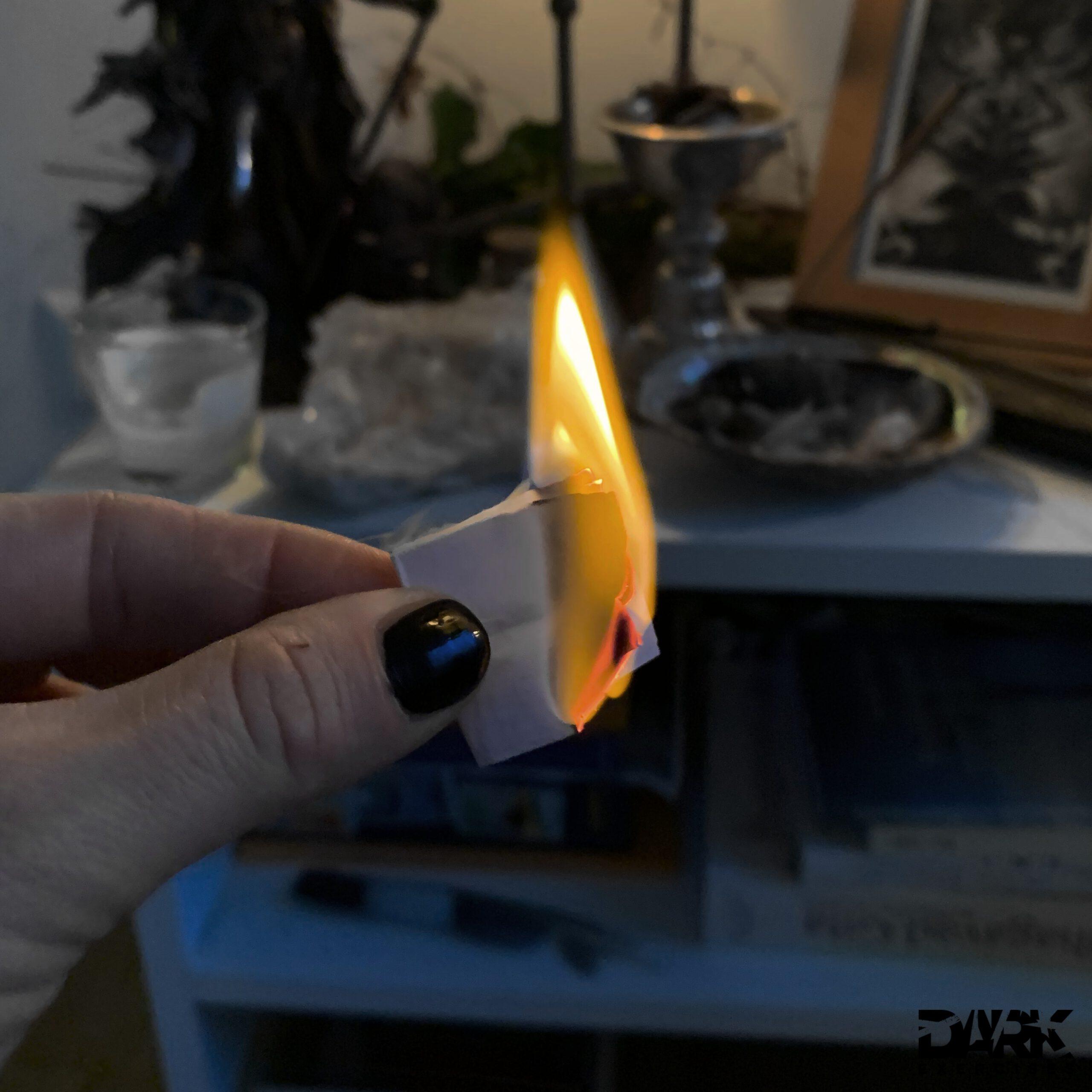 """""""Mein Herz brennt"""" - magic of the """"Rauhnächte"""" My wish burns"""
