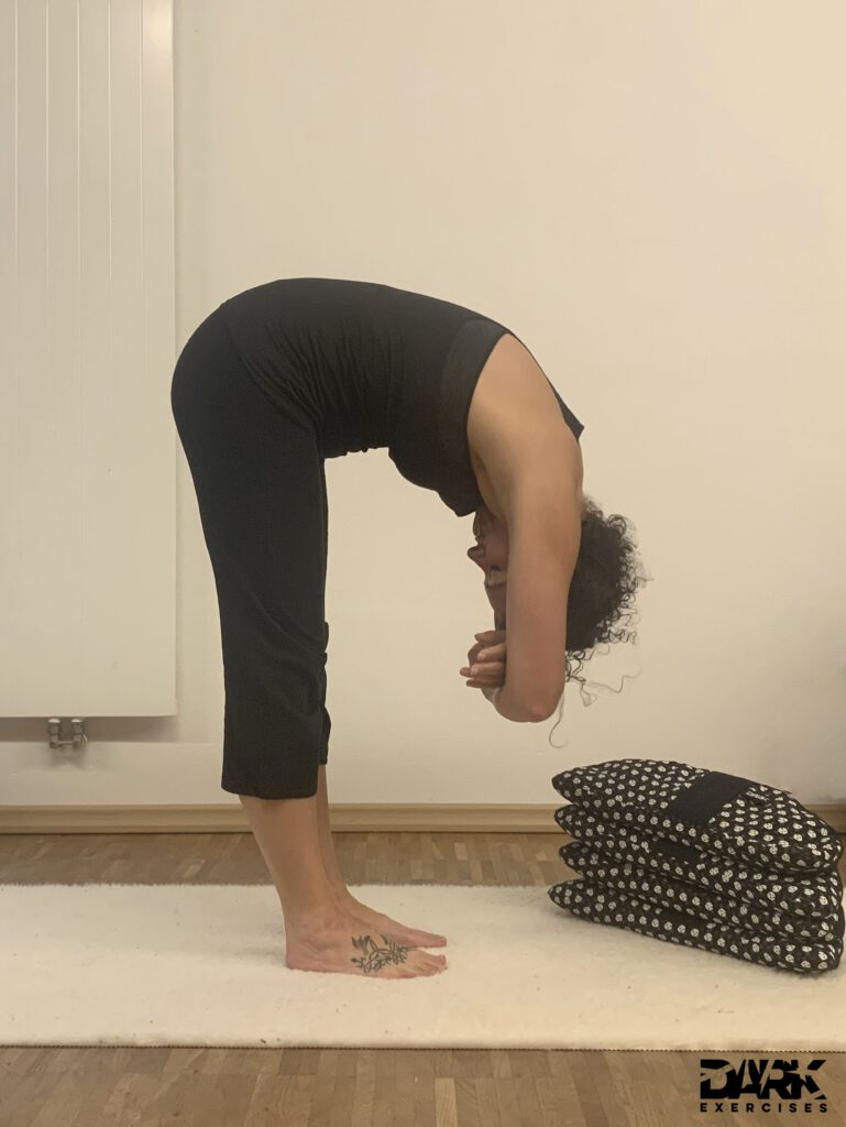 Patience & Devotion - Yin Yoga for more Patience - Dangling